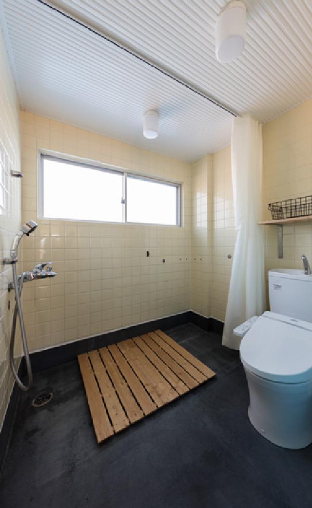 シャワー/トイレ